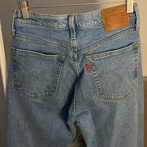 Woman's Levis 501 Skinny Jeans